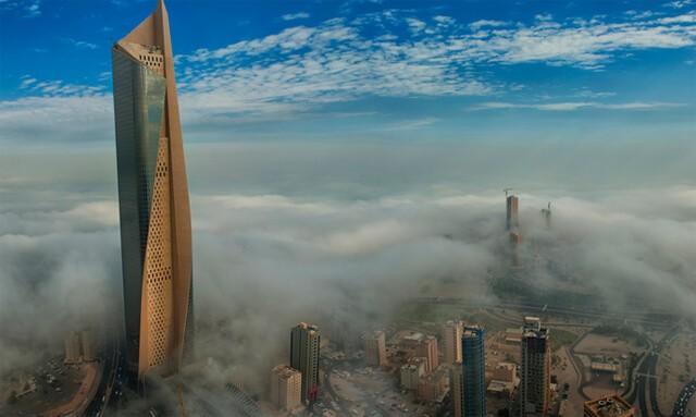 Al Hamra Tower eşsiz tasarım formu